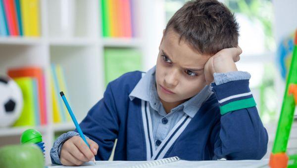สมาธิสั้น ลูกไม่มีสมาธิในการเรียน
